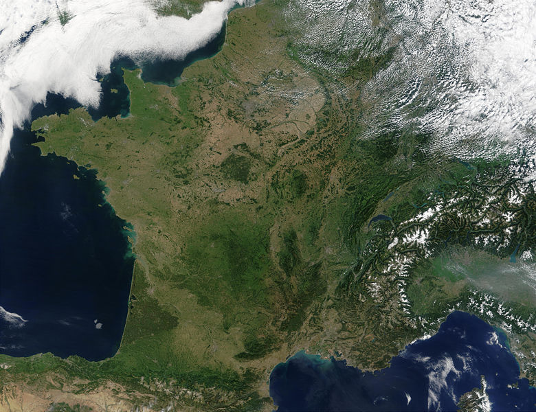 780px-Satellite_image_of_France_in_August_2002